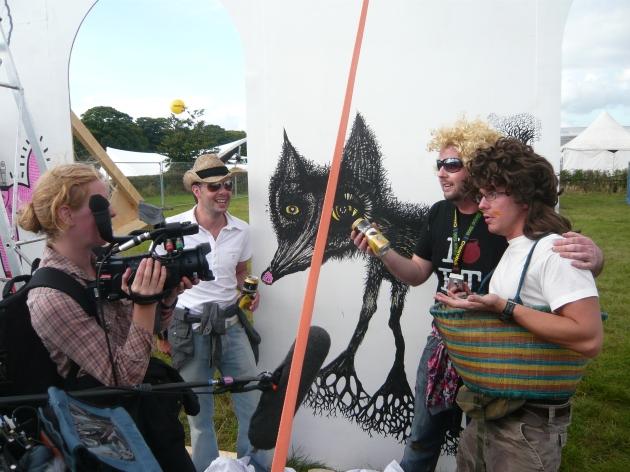 CreamTVfields 2008: shooting an interview at 'Paint Jam'